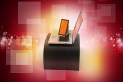 Tableta y ordenador portátil de Digitaces Foto de archivo