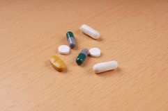 Tabletas y píldoras Fotografía de archivo libre de regalías