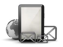 Tabletcomputer en vorm van enveloppen Stock Foto