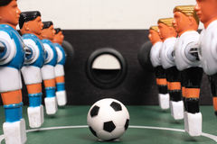 Tabletop ποδόσφαιρο, παιχνίδι έναρξης Στοκ Εικόνες