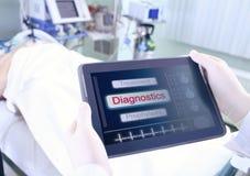 Tabletpc met medische informatie Stock Afbeeldingen