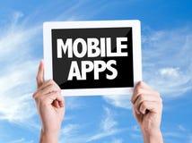 Tabletpc met tekst Mobiele Apps met hemelachtergrond Stock Foto