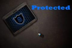 Tablett protegido virus fotografía de archivo libre de regalías