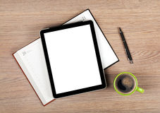 Tablette avec l'écran vide et la tasse de café Photo stock