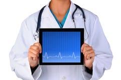 Tablette d'électrocardiogramme de With d'infirmière Photos libres de droits