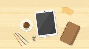 Tablette de bureau en bois de vue d'angle de lieu de travail Image libre de droits