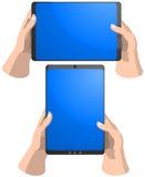 Tablette PC in den Händen Lizenzfreie Stockbilder