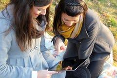 Tablette-PC im Freien Stockfotografie