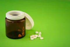 Tabletten in de vorm van hart Stock Afbeeldingen