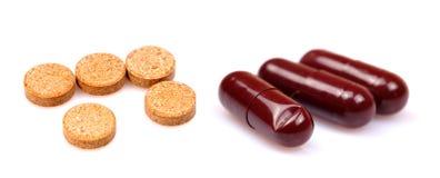 Tabletten und Kapseln Lizenzfreies Stockbild