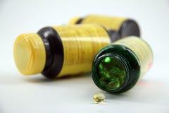 Tablettenfläschchen stockfotografie