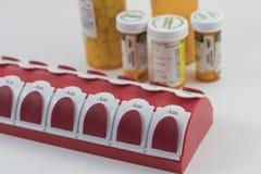 Tablettenfläschchen und Lagerung Stockfoto
