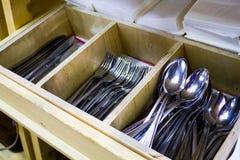 Tablewares noże, rozwidlenia i łyżki, fotografia royalty free