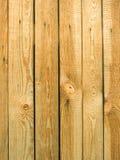 Tablones de madera verticales del pino viejo como fondo Imágenes de archivo libres de regalías