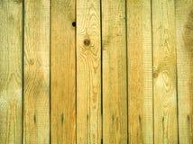 Tablones de madera verticales del pino viejo como fondo Imagen de archivo libre de regalías