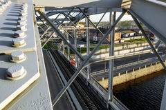 Taborowi amerykan mosty nad Obvodny kanałem przy zmierzchem w St Petersburg Rosja Zdjęcie Stock
