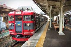 Taborowy czekanie dla pasażera przy Karuizawa stacją Zdjęcie Royalty Free