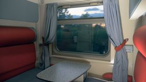 Taborowy ruchu proces pokazywać przez wnętrza coupe kabina Prędkości taborowy wnętrze zdjęcie wideo
