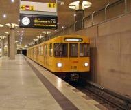 Taborowy wyrównywać przy Bundestag stacją Zdjęcie Stock