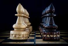 Tabuleiro de xadrez com partes Imagem de Stock