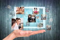 Tabuleta disponível com quadros da colagem Fotos de Stock