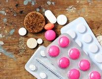 Tabuleta e comprimidos da medicina Imagem de Stock