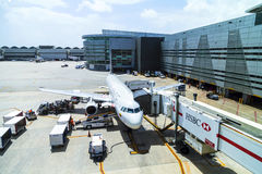TACA Embraer 190 in Miami Stockfotos