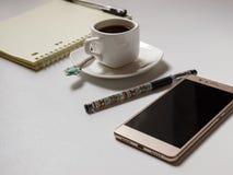 Taccuino e una penna Fotografia Stock Libera da Diritti