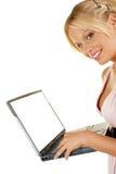 Taccuino femminile attraente della holding di bellezza Fotografia Stock