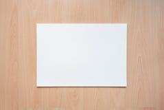 Taccuino sulla tavola di legno Documento sulla tabella di legno Fotografie Stock Libere da Diritti