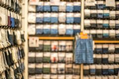 Tache floue abstraite de beau magasin de vêtements et de centre commercial inter photo libre de droits