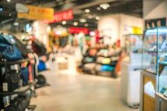 Tache floue abstraite de beau magasin de vêtements et de centre commercial inter images stock