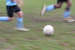 Tache floue de footballeurs Image stock