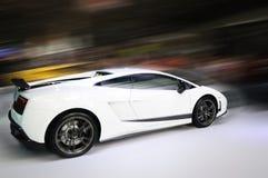 Tache floue de mouvement blanche de véhicule Photo libre de droits