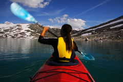 Tache floue de mouvement de kayak Photo stock