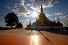 Tachilek Shwedagon Pagode. Lizenzfreie Stockbilder