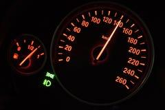 Tachimetro moderno in un'automobile Fotografia Stock Libera da Diritti