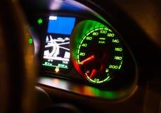 Tachimetro sul cruscotto dell'automobile Fotografia Stock