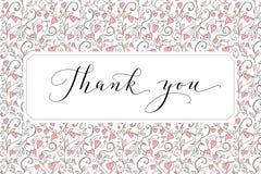 Tacka dig kortet med skriftlig beställnings- kalligrafi för hand och hjärtabakgrund Utmärkt för hälsa kort, bröllopinbjudningar arkivfoto