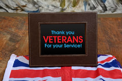 Tacka dig veteranhälsningkortet för UK-minnedag arkivbilder