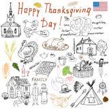 Tacksägelseklotteruppsättning Traditionella symboler skissar samlingen, mat, drinkar, kalkon, pumpa, havre, vin, wheet, grönsaker Arkivfoto