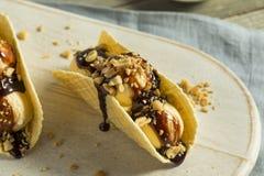 Taco caseiro doce do gelado de chocolate Fotografia de Stock