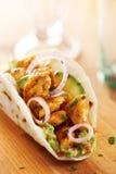 Taco de poulet mexicain avec l'avocat Photos libres de droits