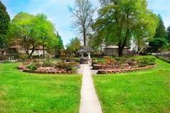 TACOMA WA - APRIL 14, 2014: Japanträdgården i punkttrots parkerar Royaltyfri Fotografi