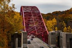 Taconic Parkway Stalowego łuku most Nowy Jork - Nowy Croton rezerwuar - obraz royalty free