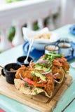 Tacoplatte - traditionelles mexikanisches Lebensmittel von Cozumel lizenzfreie stockbilder