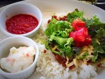 Tacoris, japansk mat på den Tokashiki ön, Okinawa, Japan Royaltyfri Foto