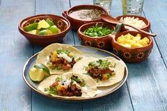 Tacos al pastor, meksykański jedzenie Zdjęcia Royalty Free