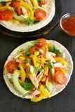 Tacos com carne e vegetais da galinha Fotografia de Stock Royalty Free