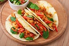Tacos com galinha Imagens de Stock Royalty Free
